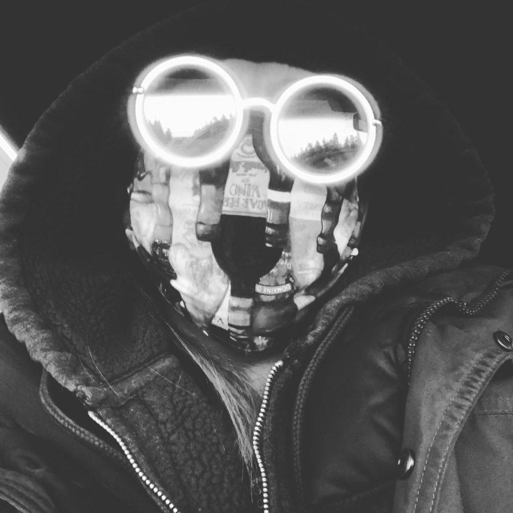 #vovabraxas #electronicmusic #mediaartist #existientialdread #waspodyssey #lonelyseamonster